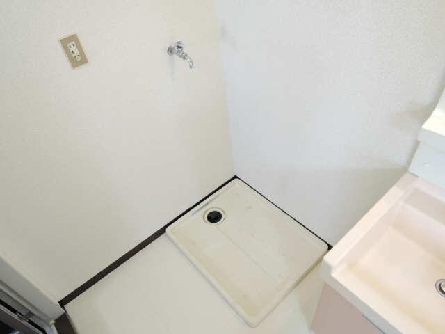パビリオン松濤B棟301号室 3階 洗濯機置場