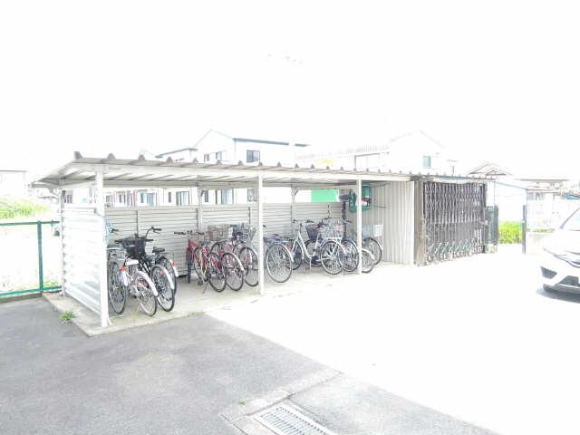 パビリオン松濤B棟301号室 3階 駐輪場