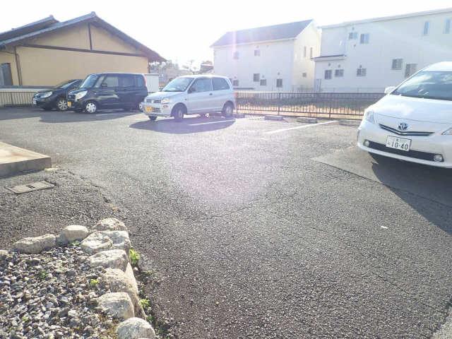 サントピアみそや2 駐車場