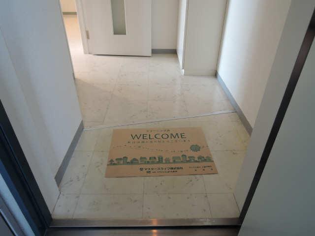 ウッドベルステージ 1階 玄関