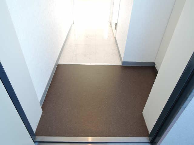 ウッドベルステージ 3階 玄関