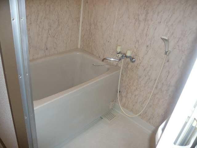 ファミール・ヨコイ 1階 浴室