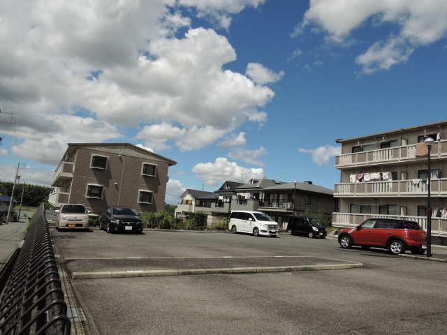 コージーコート和 3階 駐車場