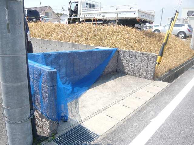 ヒルサイド竹の山 2階 ゴミステーション