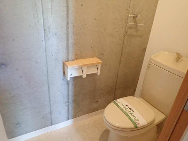 ヒルサイド竹の山 2階 WC