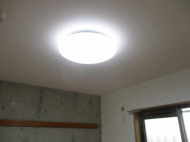 ヒルサイド竹の山 2階 設備(照明器具)
