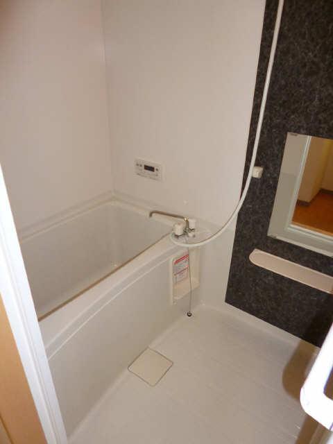 レジデンスXYZ 2階 浴室