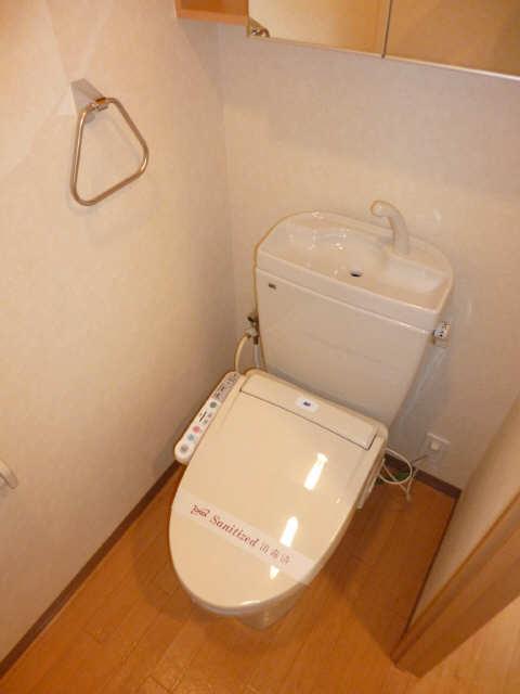 レジデンスXYZ 2階 WC