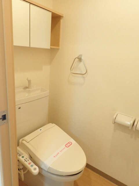 レジデンスXYZ 1階 WC
