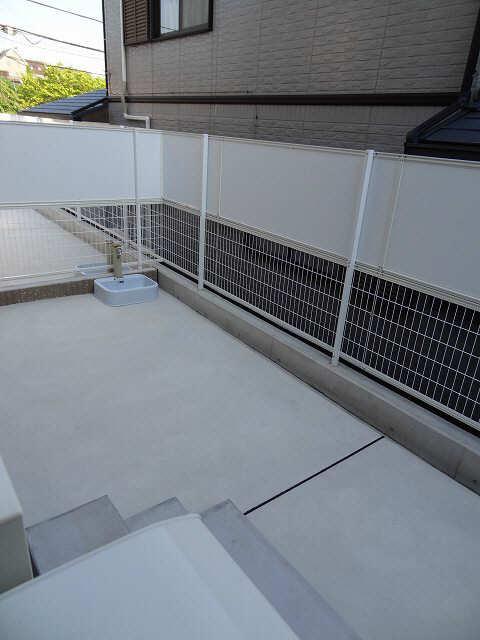 グリーンヒルA 1階 庭
