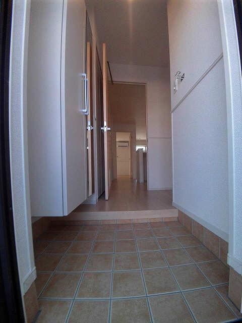 グリーンヒルA 1階 玄関