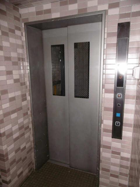 各務原パークホームズ1008号 10階 エレベーター