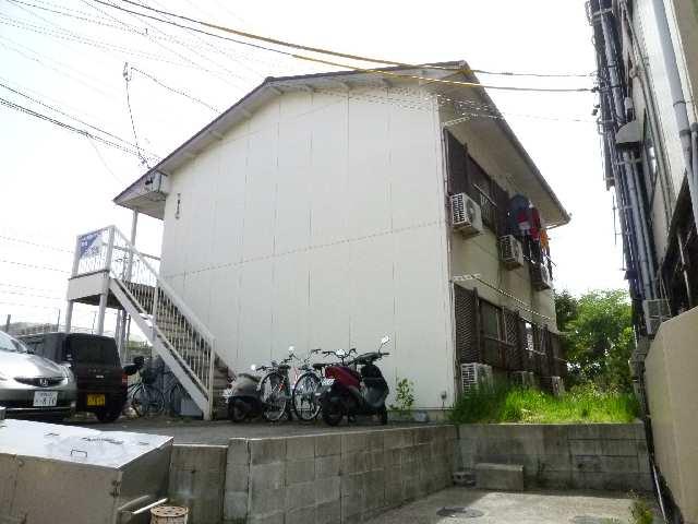 ファミールタカシ 2階 外観