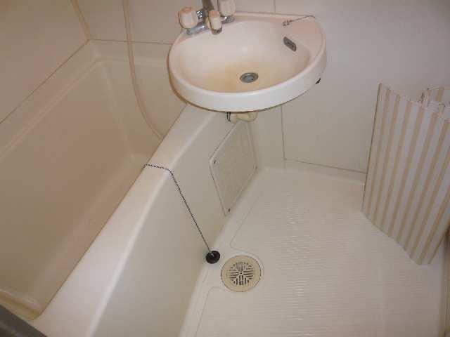 シンシア鏡池 1階 浴室