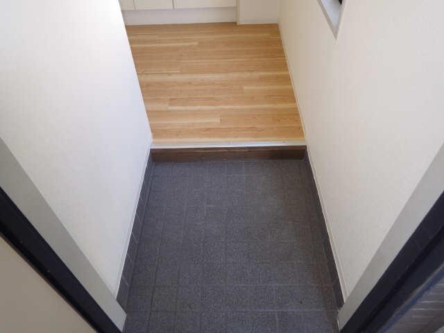 シンシア鏡池 1階 玄関