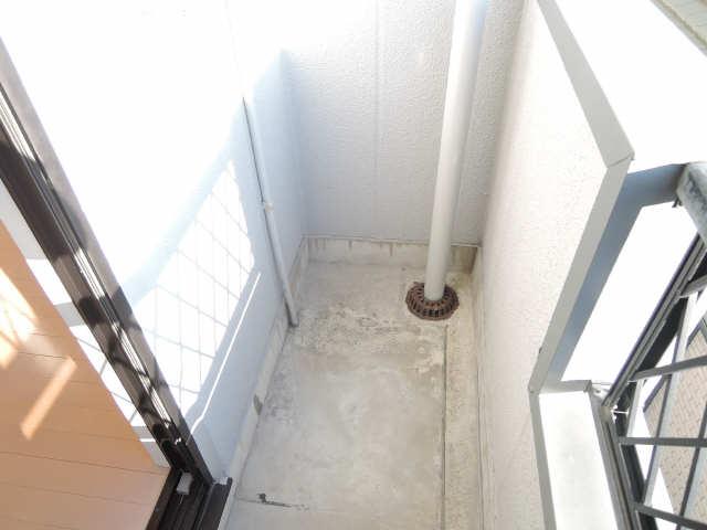 シンシア鏡池 3階 洗濯機置場