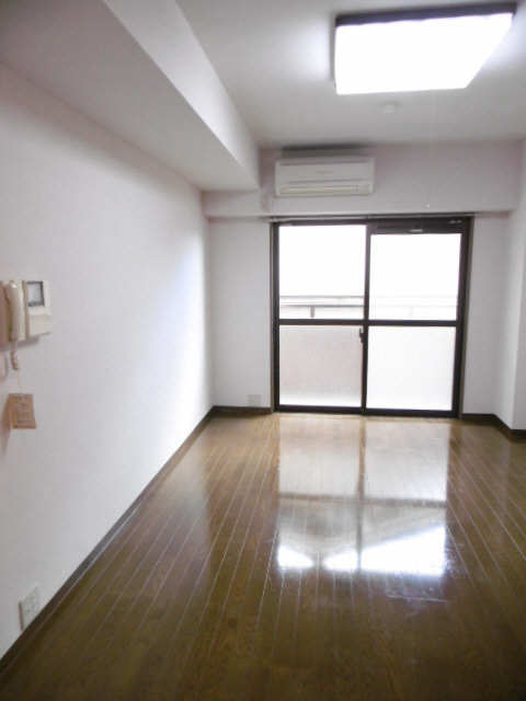 シティライフ田代 3階 室内