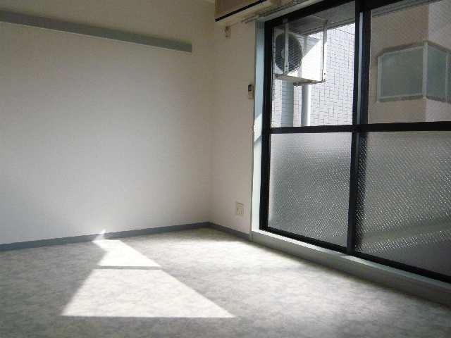 クレベール稲穂 2階 室内