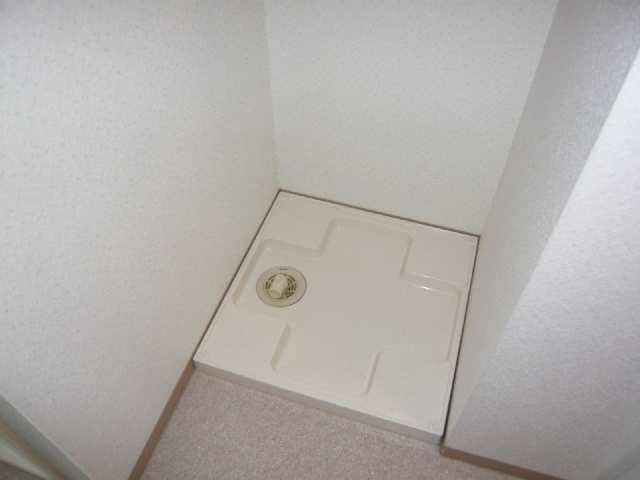 富士見台コープ 1階 洗濯機置場