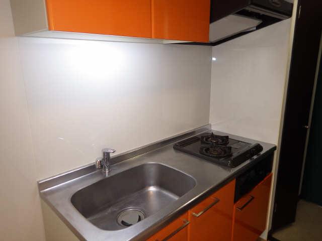 ボッロ リーノ 3階 キッチン
