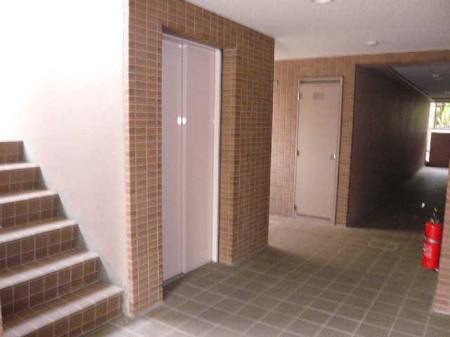 クレスト大島 3階 エレベーターホール