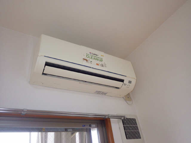 クレスト大島 3階 エアコン