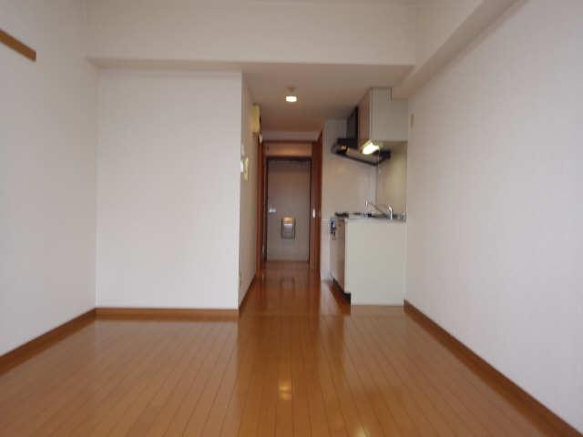 クレスト大島 3階 室内