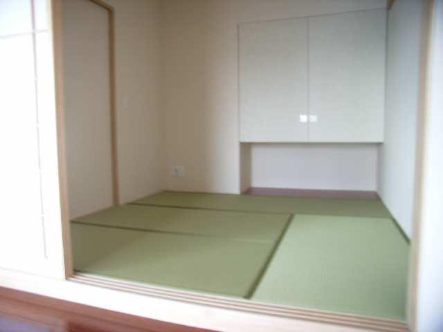 プライムメゾン富士見台 2階 和室