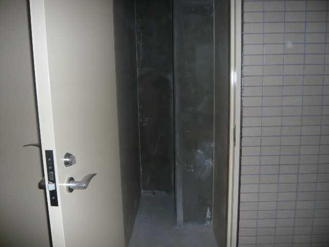 クレスト本山 10階 物置