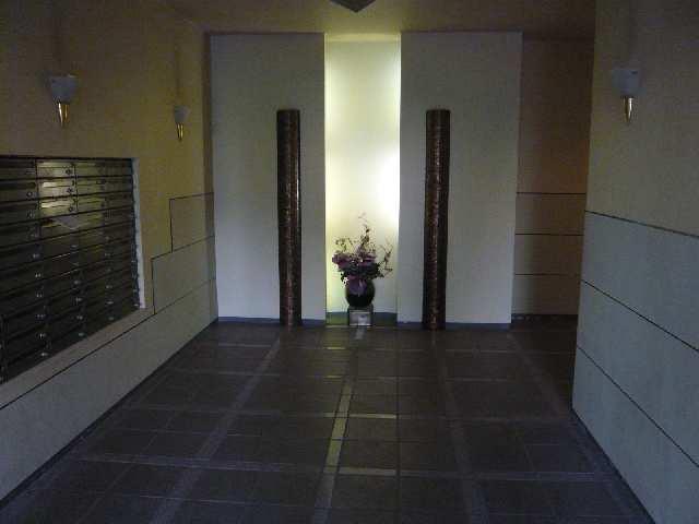 茶屋ヶ坂パークマンション 6階 エントランスホール