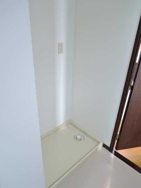 茶屋ヶ坂パークマンション 6階 洗濯機置場