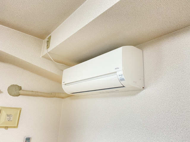 ラフィネ四ッ谷 4階 エアコン