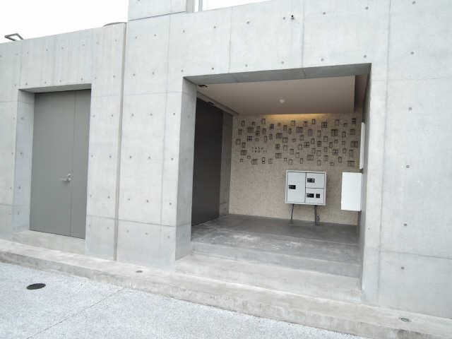 TASHIRO71 3階 エントランス