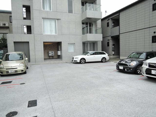 TASHIRO71 3階 駐車場