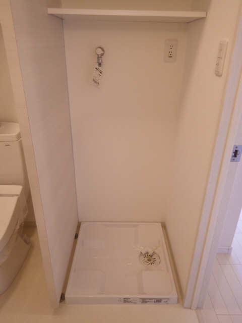 33アベニュー 5階 洗濯機置場