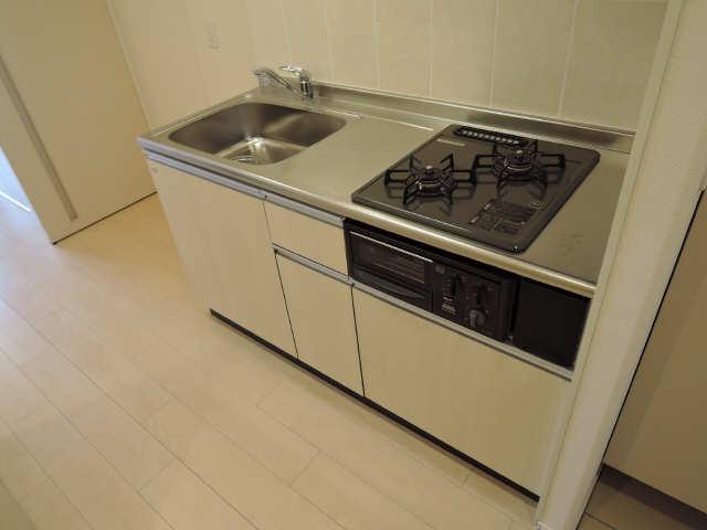 プリオール椿PartⅡ 1階 キッチン