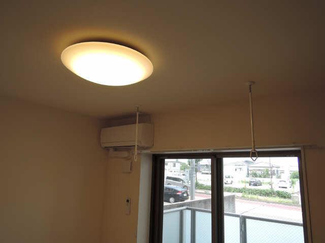 プリオール椿PartⅡ 1階 照明器具