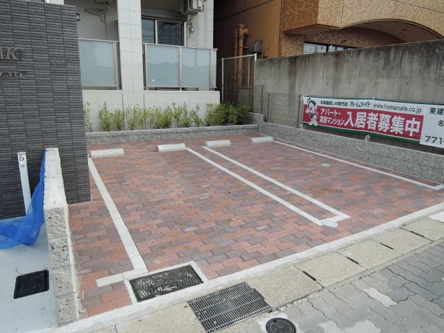 プリオール椿PartⅡ 1階 駐車場