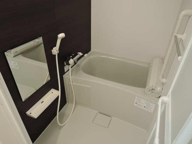 プリオール椿PartⅡ 2階 浴室