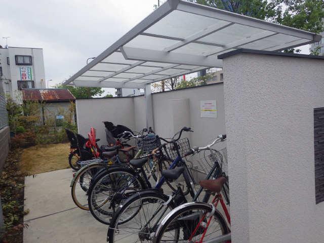 フォレストメゾン覚王山南 1階 駐輪場