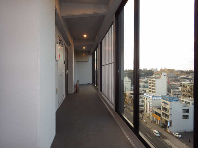 ジオステージ本山 7階 10階共用廊下