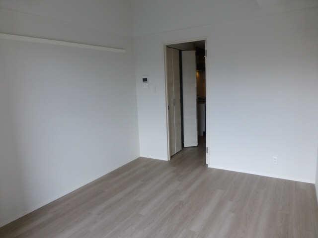 ジオステージ本山 7階 室内