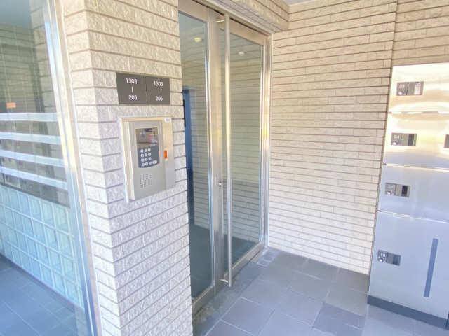 ウェルフォート幸川 7階 エントランス