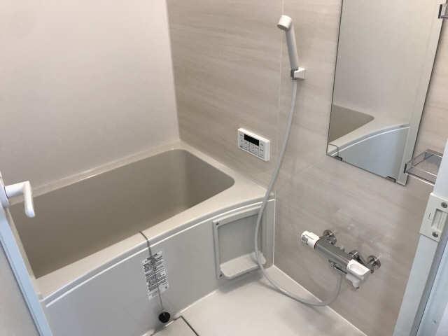 ウェルフォート幸川 13階 浴室