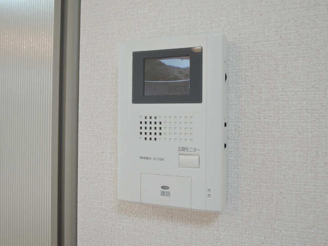 ネクサス A棟 1階 モニター付インターホン