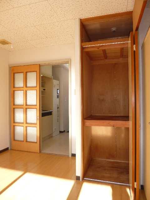 サンハイム山分B棟 1階 室内