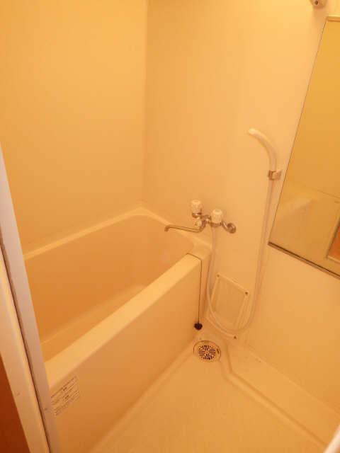 コリーヌ 1階 浴室