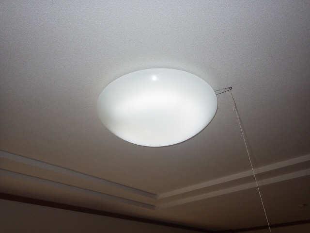 コリーヌ 1階 照明器具