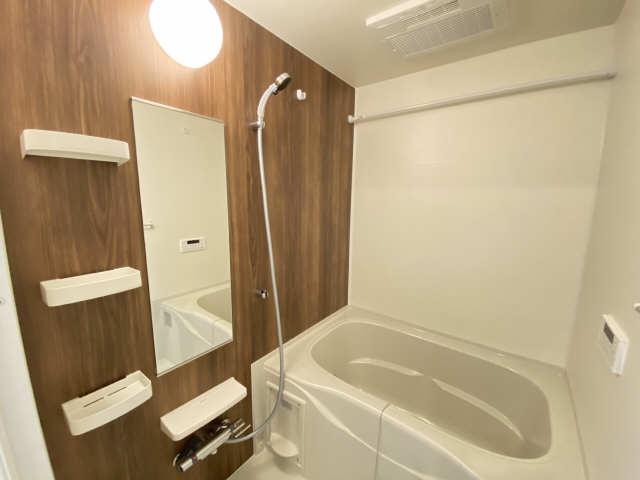ヴァンヴェール宮町 2階 浴室