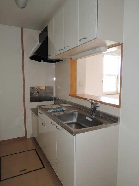 カーサフェリーチェ B棟 1階 キッチン
